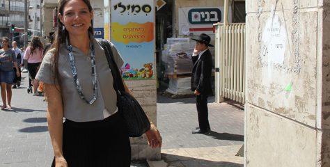 Fashion tour at the Hasidic religious district
