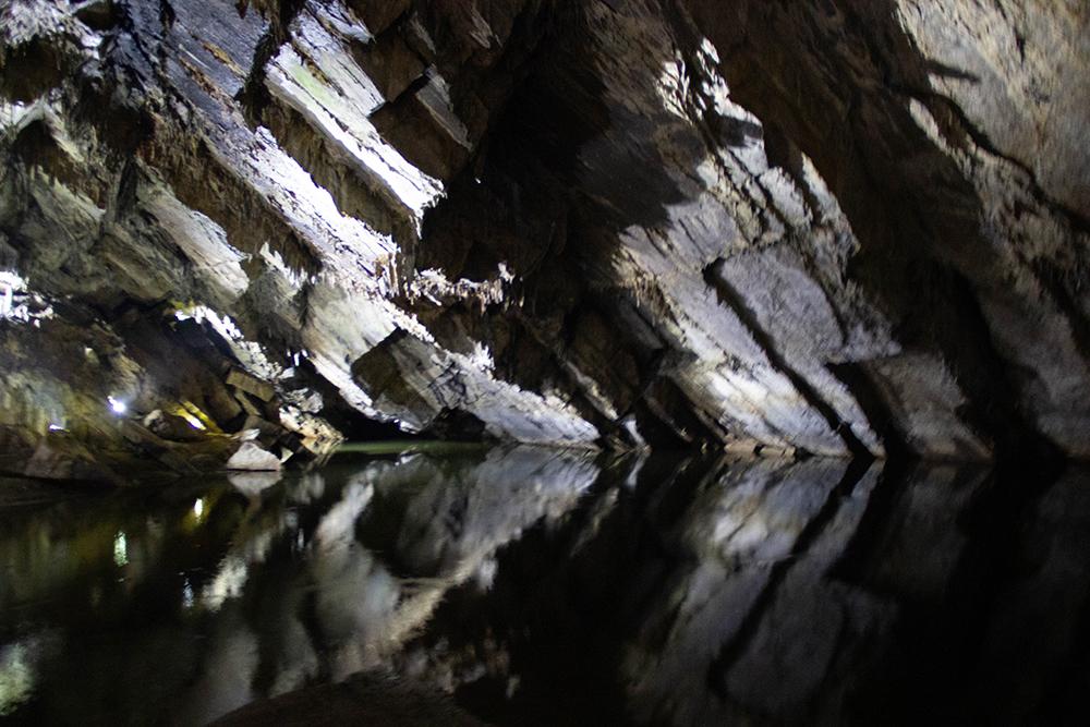 סיור למערת הנטיפים | בלגיה עם ילדים