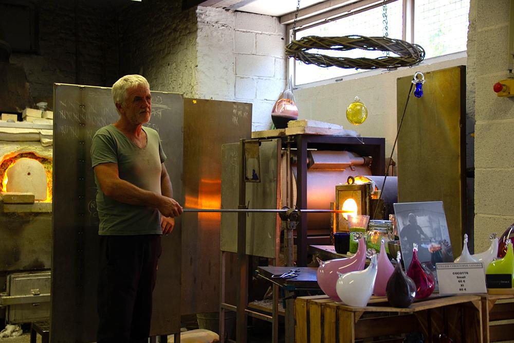 טירה ומוזיאון זכוכית, בלגיה
