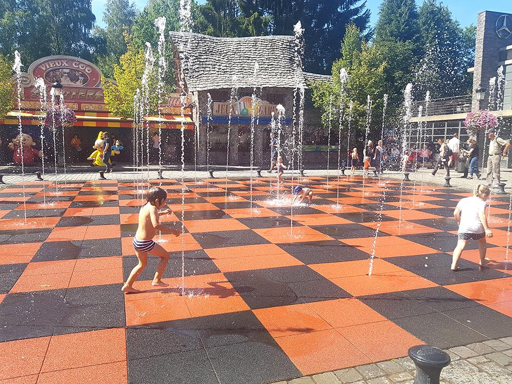פארק שעשועים פלופסה קו - בלגיה עם ילדים